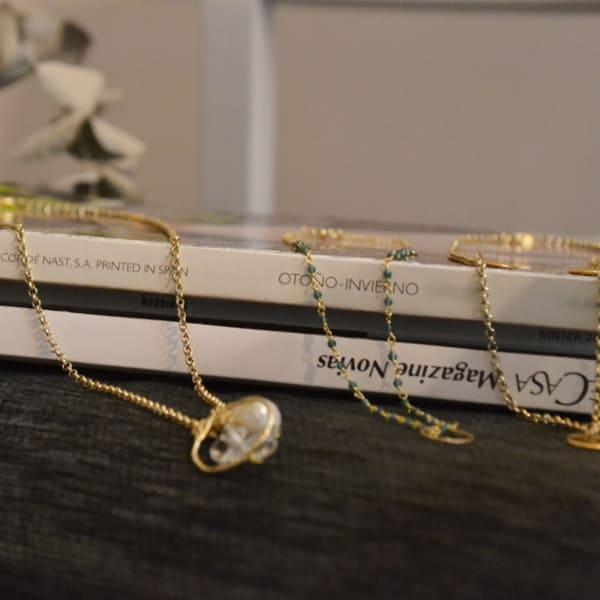 Collares plata bañada en oro y perlas naturales