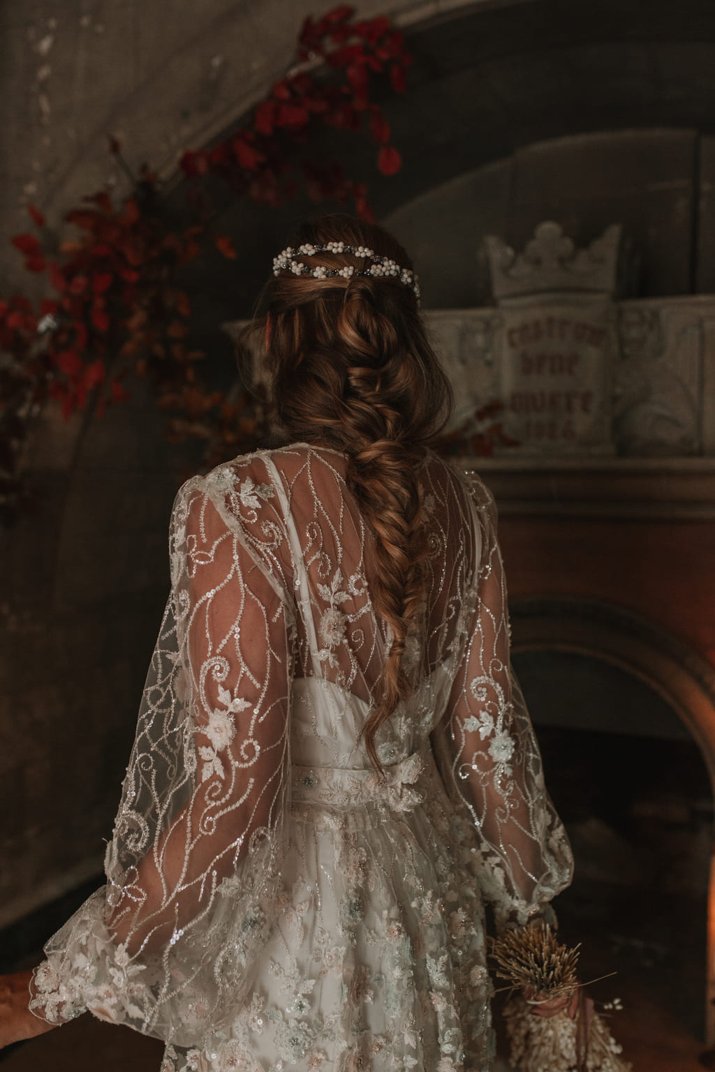 Tocado de novia de piedras naturales Miss Cavallier-Laura Murcia
