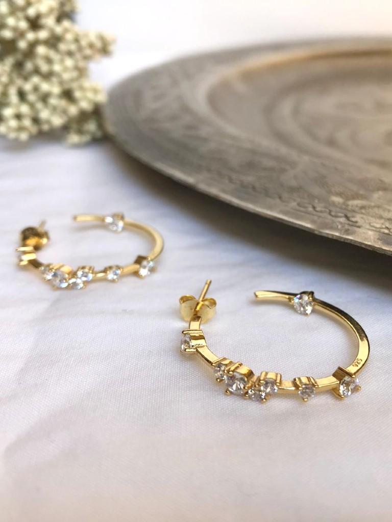 Pendientes Fabiola- Plata 925 bañada en oro de 1 micra de espesor con circonitas transparentes