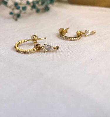 Pendientes Isabel- Plata 925 bañada en oro de 1 micra de espesor y circonitas transparentes