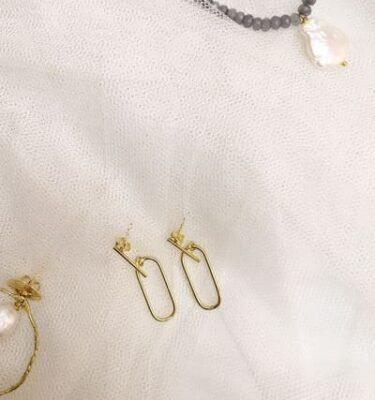 pendientes pequeños de plata bañada en oro
